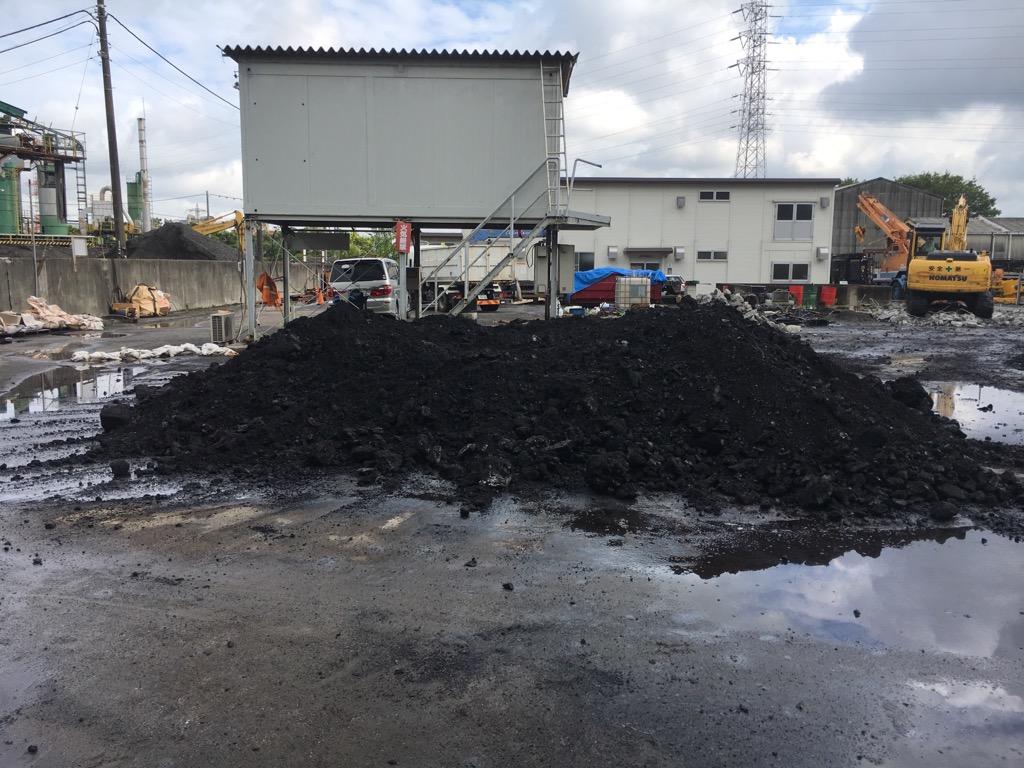 【産業廃棄物の回収搬入】廃棄物の回収を事業場にて行った事例を紹介します。