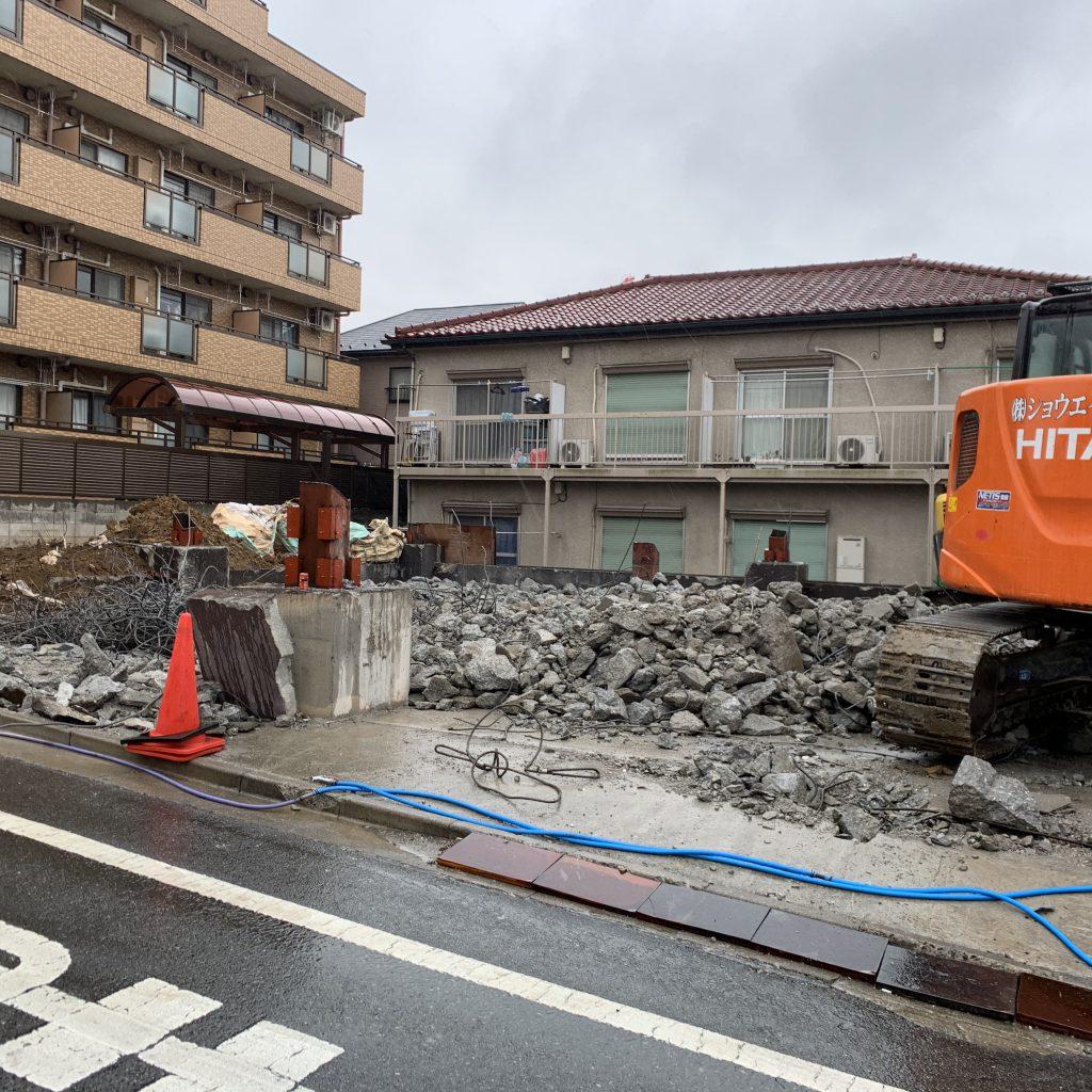 【産業廃棄物の回収搬入】建築資材等の回収を解体現場にて行った事例を紹介します。