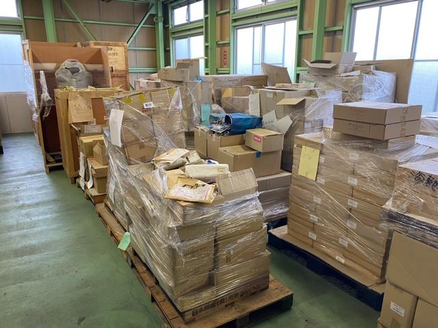 【産業廃棄物の処理】玩具倉庫の遊具処理を行った事例を紹介します。